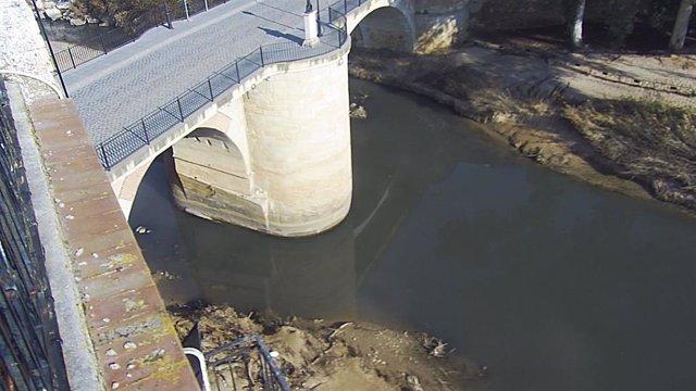 El río Genil a su paso por Puente Genil