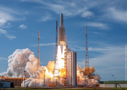 Lanzamiento del satélite EDRS-C