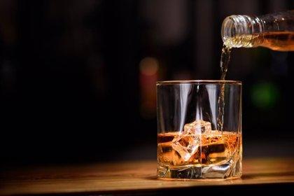 """Alertan del """"elevado riesgo"""" del inicio del consumo de alcohol adolescente en fiestas populares"""