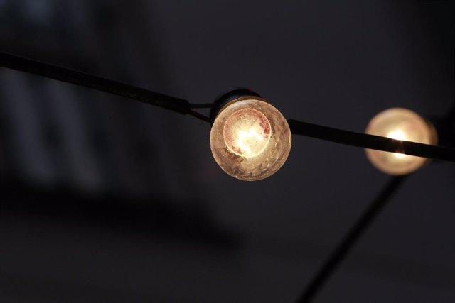 Luz, bombeta