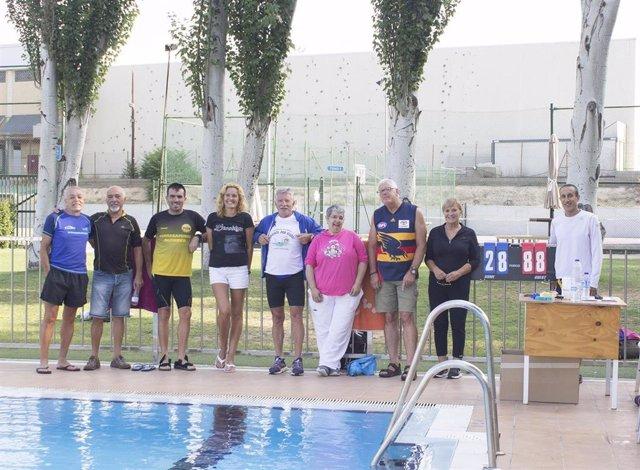 La Puebla de Alfindén celebra el II Maratón Acuático Solidario 24H contra la esclerosis múltiple.