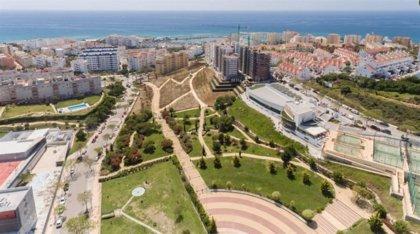 Retiran el tobogán de 38 metros de Estepona (Málaga)