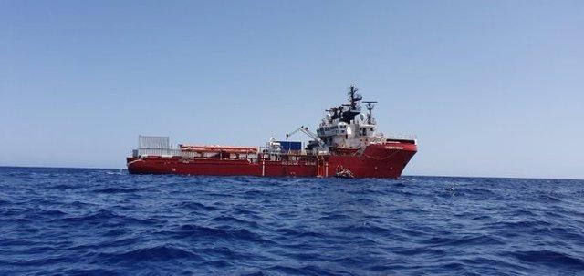 Barco de rescate Ocean Viking