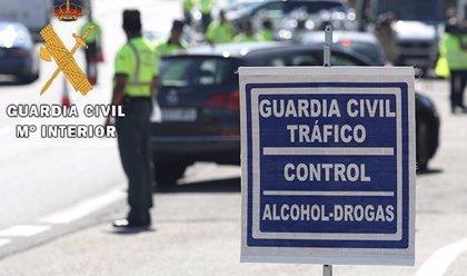 La Guardia Civil de Valladolid 'pilla' a 63 conductores en julio que habían consumido alcohol o drogas