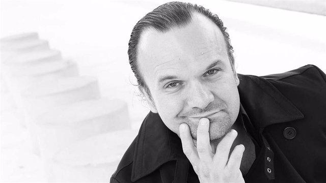 El director de orquesta José de Eusebio llevará ante la Fiscalía las oposiciones para catedrático de conservatorio.