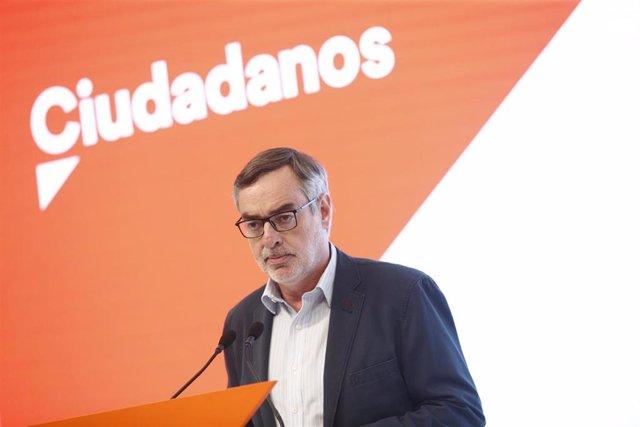 El secretario general de Ciudadanos, José Manuel Villegas, ofrece declaraciones a los medios de comunicación tras la reunión del Comité Permanente de Ciudadanos en la sede del partido.