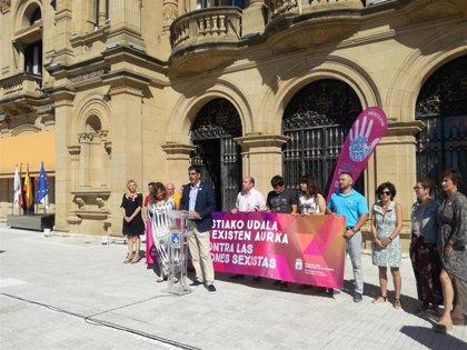 Ayuntamiento de San Sebastián refuerza su campaña contra las agresiones sexistas de cara a la Semana Grande