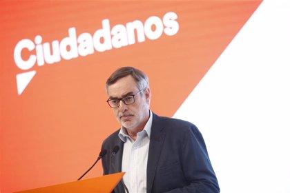"""Ciudadanos sugiere que Rivera no se reunirá con Sánchez, al que pide que deje de """"distraer"""" y pacte con Podemos"""
