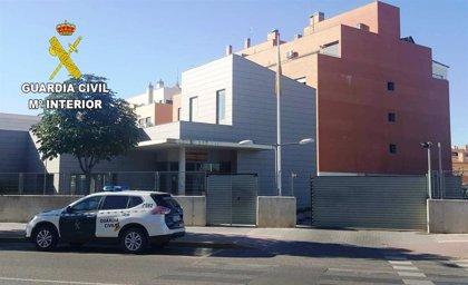 Detienen a un hombre en Azuqueca de Henares cuando huía de una vivienda en la que intentaba robar