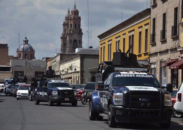 Policía en Michoacan (México)