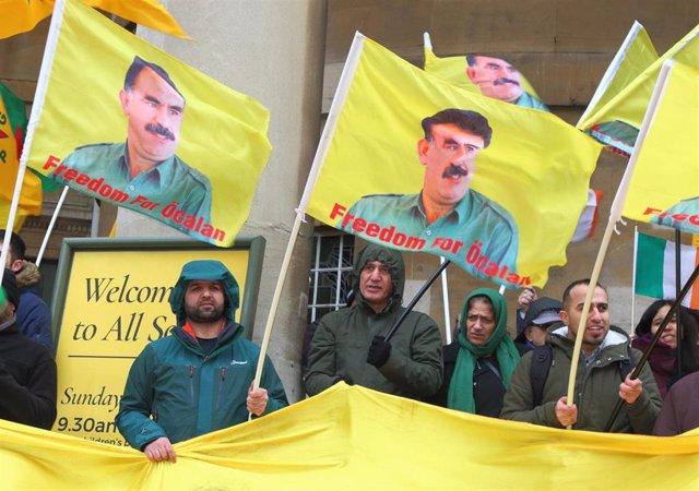 Manifestación a favor de Abdulá Ocalan, líder del PKK