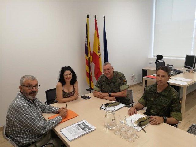 (I-D) Reunió Entre El Director Jaume Barceló, La Consellera Isabel Castro, El Comandant General Juan Cifuentes I El Coronel Cap De l'Estat Major, Juan Bilió.
