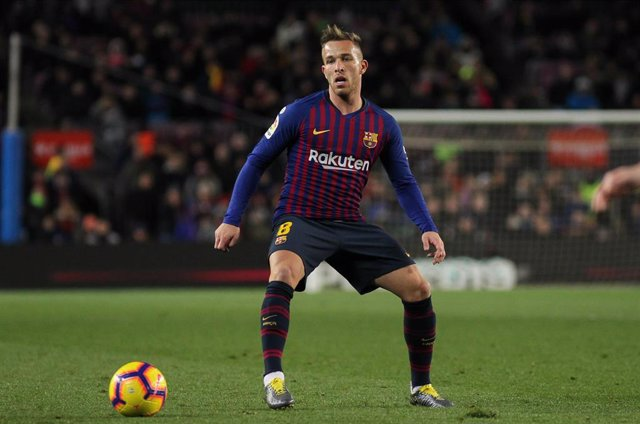 Arthur of Barcelona in action during La Liga Spanish championship, , football match between Barcelona and Valencia, February 02th, in Camp Nou Stadium in Barcelona, Spain.