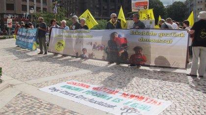 Ongi Etorri Errefuxiatuak pide al Gobierno Vasco que presione al Ejecutivo español para que ayude al 'Open Arms'