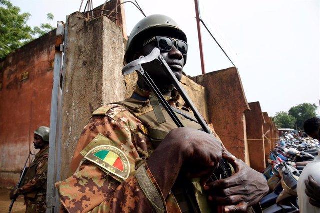 Un  soldado de Malí