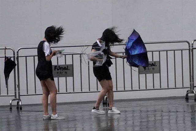 Llegada del tifón 'Lekima' a Shanghai