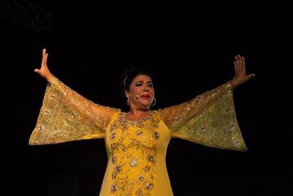 'La Macanita' celebra sus 30 años en el cante con un lleno en el cierre de los 'Viernes Flamenco' en Jerez