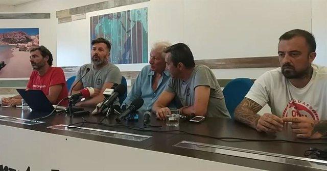Roda de premsa del jundador de l'Open Arms, Òscar Camps, el president d'Open Arms Itàlia, Riccardo Gatti, l'actor Richard Gere i el fotògraf i xef Gabriele Rubini