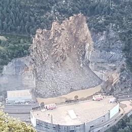Devessall que ha tallat la carretera general 1 a Andorra.