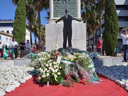 Partidos defienden en el homenaje a Blas Infante la vigencia de sus principios y su legado