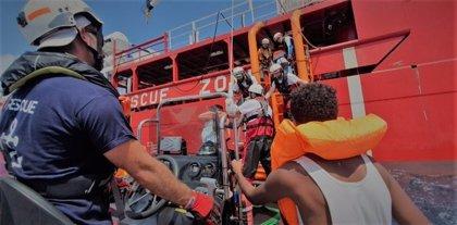 El 'Ocean Viking' efectúa un nuevo rescate en el Mediterráneo y suma ya más de 160 migrantes a bordo