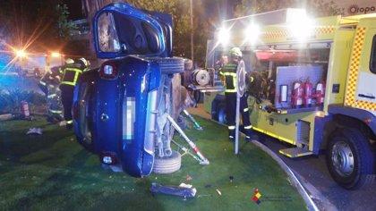 Evacúan al hospital a un herido tras un accidente en un polígono de Algeciras (Cádiz)