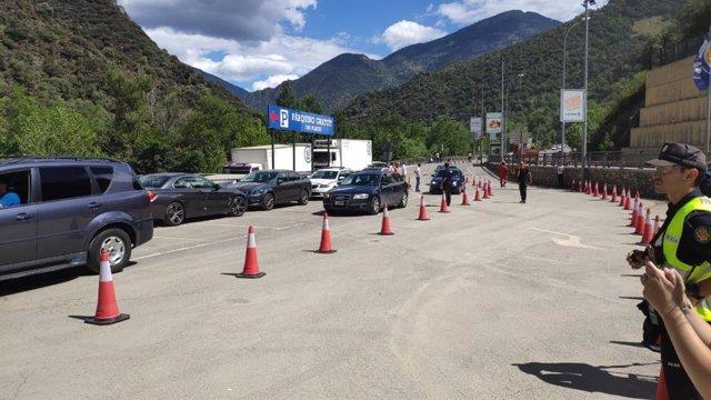 Circulación por un solo carril tras el desprendimiento en Andorra