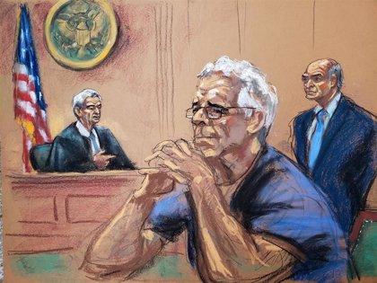 El magnate Jeffrey Epstein se ahorcó en su celda sin que estuviera vigilado bajo alerta de suicidio, según medios