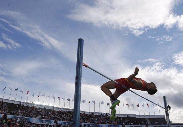 Miguel Ángel Sancho, en salto de altura