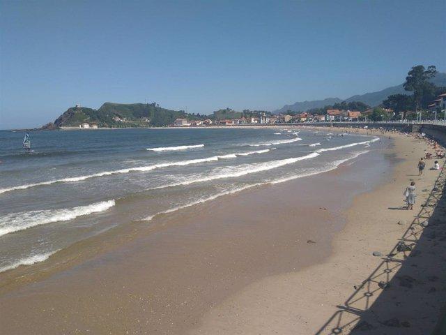 Bandera amarilla, playa, playa de Ribadesella, verano, Asturias, turismo, salvamento, 112 Asturias, socorrista