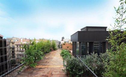 Comprar un ático en Zaragoza es un 23,4% más caro que adquirir un piso intermedio, según idealista
