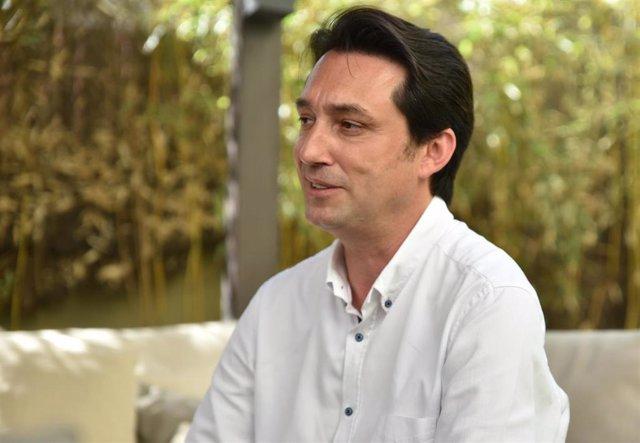 El diputado del PP por Valencia y nuevo portavoz de Economía del Partido Popular en el Congreso de los Diputados, Vicente Betoret, durante una entrevista.