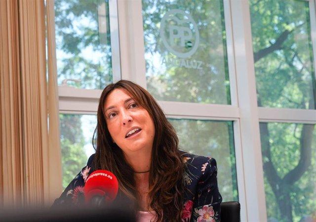 """López (PP-A) ve a Susana Díaz en """"el ocaso político"""" y """"plagiando"""" el 'Manual de"""
