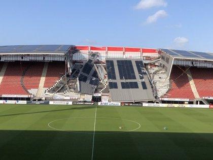 Se desploma parte de la cubierta del estadio del AZ Alkmaar
