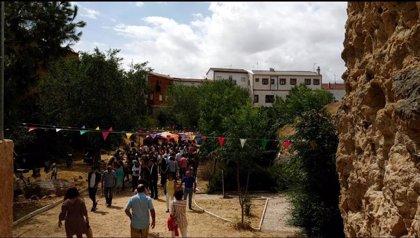 El XII Mercado de oficios de Alaejos (Valladolid) atrae a visitantes de la provincia y del resto del país