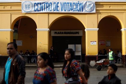 Cierran los colegios electorales en Guatemala tras la segunda vuelta de las presidenciales