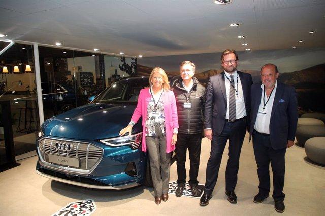 La alcaldesa de Marbella, Ángeles Muñoz, asiste a la presentación de Audi.
