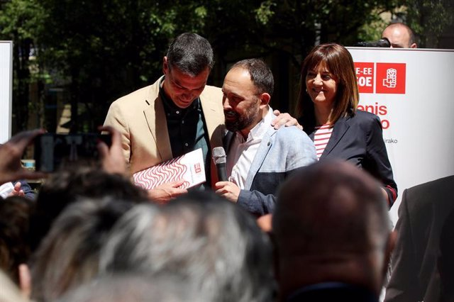 El presidente del Gobierno en funciones, Pedro Sánchez, interviene en un acto el