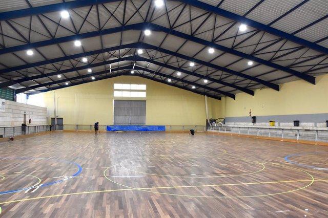 L'IME substitueix la iluminació del pabelló Joan Seguí a Son Rapinya.