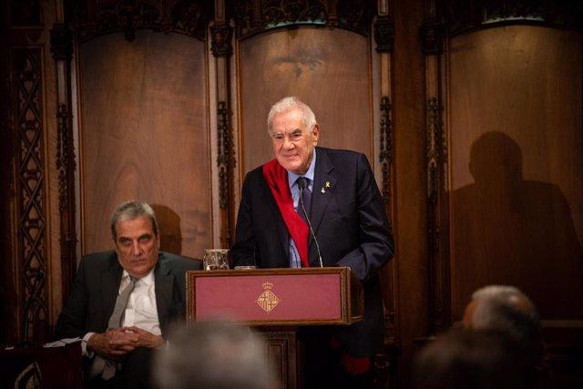 Ernest Maragall en el recibimiento del presidente de la Generalitat de Cataluña, Quim Torra, a los concejales del Ayuntamiento de Barcelona
