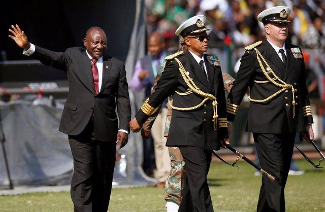 Cyril Ramaphosa jura su cargo como presidente de Sudáfrica