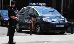 Sucesos.- Detenido un conductor sin permiso que viajaba con 8 pasajeros a bordo sin cinturón, entre ellos cuatro niños