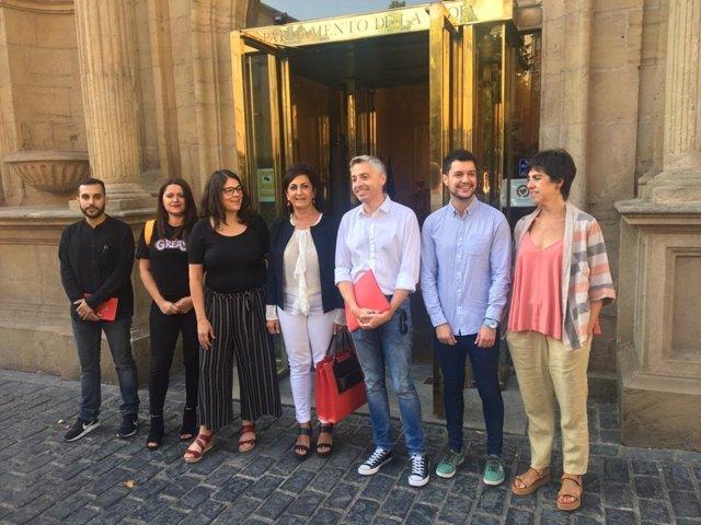 Los equipos negociadores de PSOE y de Podemos se reúnen para abordar la investidura de Andreu