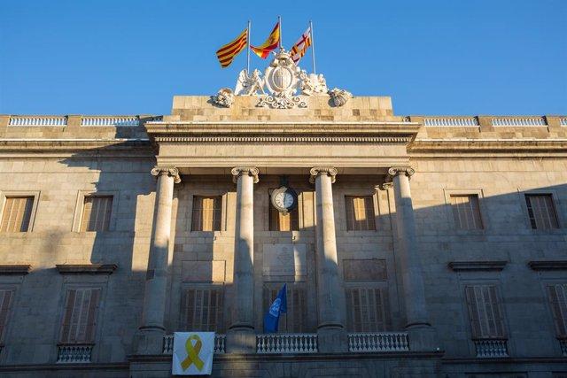 Façana de l'Ajuntament de Barcelona.