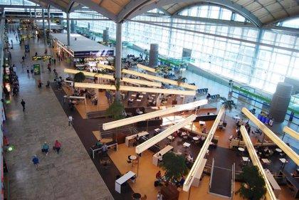 El aeropuerto de Valencia registra un 8,5% más de viajeros en julio y el de Alicante crece un 7,7%
