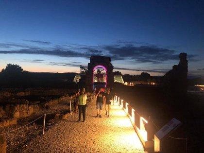 El yacimiento arqueológico de la ciudad romana de Cáparra estrena iluminación
