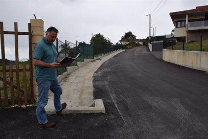 Finalizada la reparación de un camino en San Roque, en la parroquia de Aramil