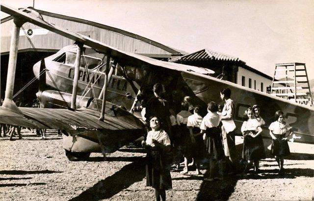 Imagen del Archivo Histórico Provincial de Málaga sobre los 100 años del aeropuerto de Málaga, el único que no ha cambiado de lugar estos años.