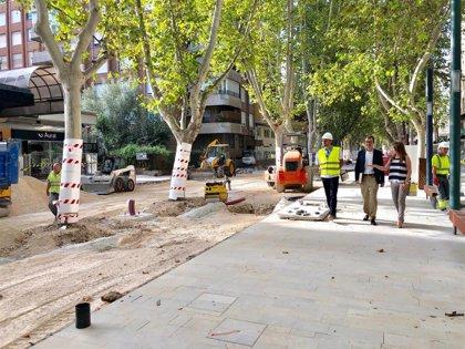 Las obras de la avenida peatonal Alfonso X El Sabio encaran su recta final y su apertura total será en otoño