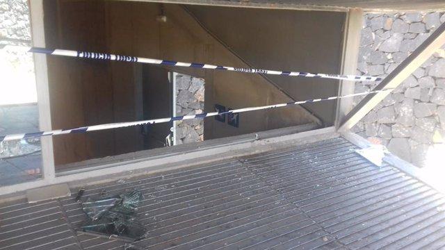 Ataque vandálico al Pabellón de Deportes Ana Bautista